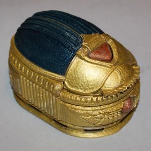 Ejemplo producto de nuestro servicio impresión 3D - joyero escarabajo egipcio (Pieza policromada)